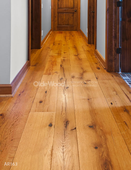 Reclaimed wood flooring wide plank floors reclaimed for Reclaimed hardwood flooring