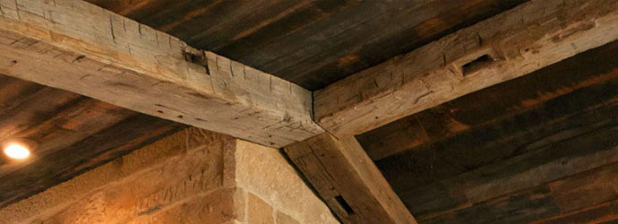 Buyers Guide How To Buy Reclaimed Barn Beams And Timbers